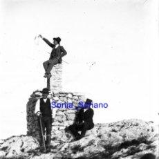 Fotografía antigua: ALMANSA ALBACETE, CIMA DEL MUGRON - CRISTAL NEGATIVO - PRINCIPIO 1900. Lote 140278014