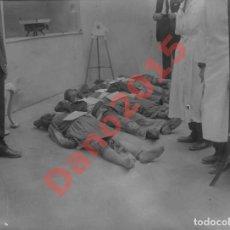 Fotografía antigua: MUERTOS 1926 MADRID - NEGATIVO DE CRISTAL. Lote 143145942
