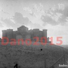 Fotografía antigua: CASTILLO DE BELMONTE, CUENCA 1930 - NEGATIVO DE CRISTAL - FOTOGRAFIA ANTIGUA. Lote 143164794
