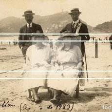 Fotografía antigua: MAGNIFICA FOTOGRAFIA DE LA PLAYA DE LA CONCHA EN SAN SEBASTIAN EN 1923. Lote 178255078
