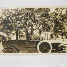 Fotografía antigua: FOTOGRAFÍA DE UN AUTOMOVIL ANTIGUO DE PRINCIPIOS DEL SIGLO XX. PROBABLEMENTE HISPANO SUIZA.. Lote 144267442