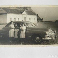 Fotografía antigua: FOTOGRAFÍA TAMAÑO POSTAL DE UN AUTOMOVIL AIGA CON MATRÍCULA DE MADRID. Lote 144267790