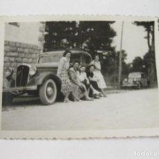 Fotografía antigua: FOTOGRAFÍA DE UN AUTOMOVIL ANTIGUO AUSTIN. Lote 147308802