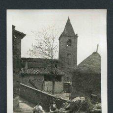 Fotografía antigua: SAN ROMÀ DE SAU. GIRONA. PUEBLO ANTES DEL PANTANO. 24/4/1955. Lote 147762762