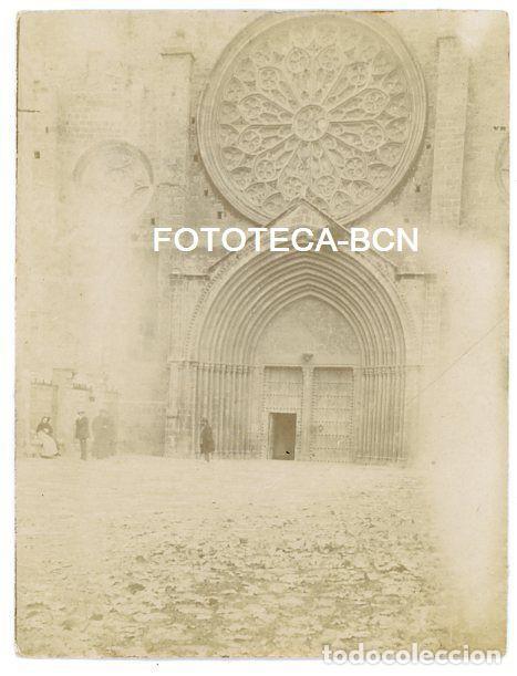 FOTO ORIGINAL SANT CUGAT MONASTERIO PUERTA DE ENTRADA AÑOS 10/20 (Fotografía Antigua - Gelatinobromuro)