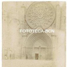 Fotografía antigua: FOTO ORIGINAL SANT CUGAT MONASTERIO PUERTA DE ENTRADA AÑOS 10/20. Lote 154599262