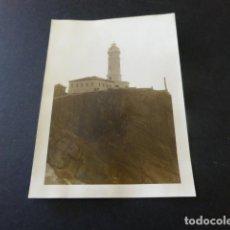 Fotografía antigua: SANTANDER FARO DE CABO MAYOR ANTIGUA FOTOGRAFIA 7,5 X 10,5 CMTS. Lote 155774686