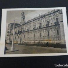 Fotografía antigua: LEON FOTOGRAFIA POR EMBAJADOR BRITANICO EN ESPAÑA JOHN BALFOUR 1951. Lote 155822874