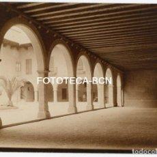 Fotografia antica: FOTO ORIGINAL PALACIO DE LA ALMUDAINA PATIO INTERIOR PALMA DE MALLORCA AÑOS 20 BALEARES. Lote 161207742