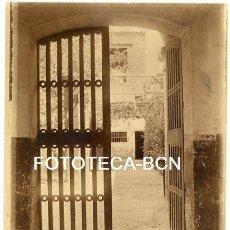 Fotografia antica: FOTO ORIGINAL ENTRADADA A UNA CASA MALLORCA AÑOS 20 BALEARES. Lote 161362710