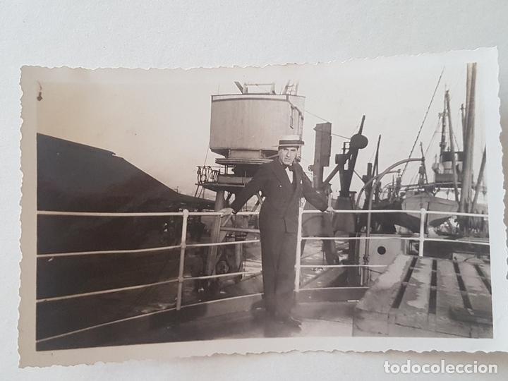 RETRATO HOMBRE PUERTO DE BUENOS AIRES BARCO A VAPOR AÑOS 30 (Fotografía Antigua - Gelatinobromuro)