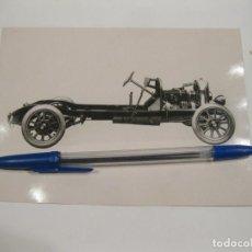 Fotografía antigua: FOTOGRAFÍA DEL CHASIS DE UN AUTOMÓVIL CROSSLEY 19 BHP. 1922. Lote 168331428