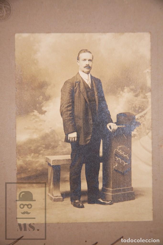 Fotografía antigua: Antigua Fotografía - Retrato de Hombre - Fot. Rivadavia 1921, Buenos Aires - Año 1910 - Foto 2 - 168571016