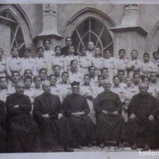 Fotografía antigua: F-4119. FOTOGRAFIA ESCOLAR DE GRUPO COLEGIO RELIGIOSO. ESPAÑA, AÑOS CUARENTA.. Lote 168812452