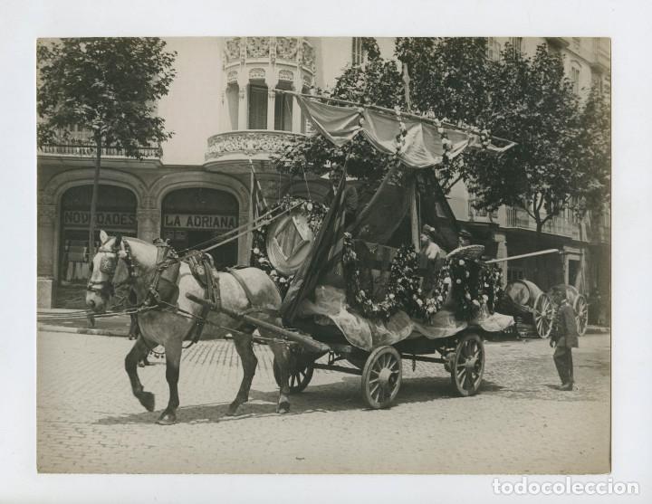 BARCELONA - CARNAVAL 1930. CARROZA CON CABALLO. FOTO 18X24 CM. (Fotografía Antigua - Gelatinobromuro)