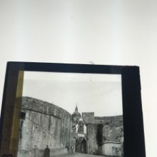 Fotografía antigua: PLACAS DE CRISTAL LINTERNA MÁGICA FUENTERRABÍA PRINCIPIO DEL SIGLO XX. Lote 172903360
