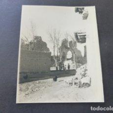 Fotografía antigua: VILLAGARCIA DE CAMPOS VALLADOLID FOTOGRAFIA AL CARBON POR ROBERT GILLON PTE SENADO BELGICA 1950. Lote 175292977