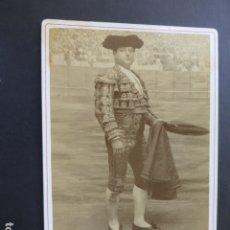 Fotografía antigua: SEVILLA E. BEAUCHY FOTOGRAFO RETRATO DEL TORERO JOSE CAMPOS CARA ANCHA ALBUMINA 11 X 16,5 CMTS. Lote 175363173