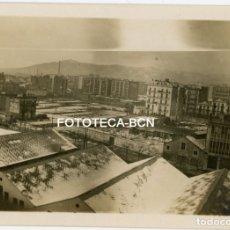 Fotografía antigua: FOTO ORIGINAL BARCELONA CALLE ARAGON ENTRE CASANOVA Y MUNTANER CARROCERIAS FARRE AÑOS 20 . Lote 177136449