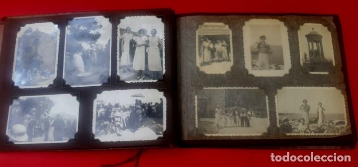 Fotografía antigua: ÁLBUM - 1935 - ARISTOCRACIA - La Coruña, Santiago, Santander, Barcelona, Ferrol, Bayona, Covadonga.. - Foto 2 - 178624336