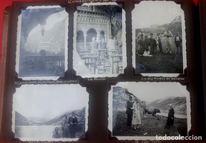 Fotografía antigua: ÁLBUM - 1935 - ARISTOCRACIA - La Coruña, Santiago, Santander, Barcelona, Ferrol, Bayona, Covadonga.. - Foto 25 - 178624336