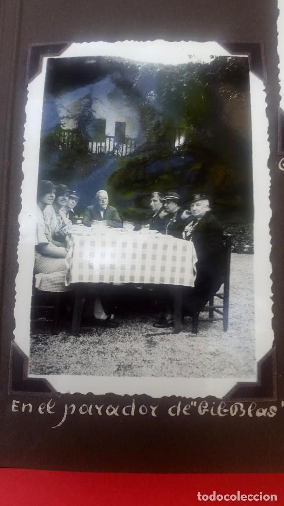 Fotografía antigua: ÁLBUM - 1935 - ARISTOCRACIA - La Coruña, Santiago, Santander, Barcelona, Ferrol, Bayona, Covadonga.. - Foto 26 - 178624336