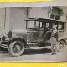 Fotografía antigua: VILLAGARCIA DE AROSA PONTEVEDRA BUICK 1930 ANTIGUA FOTO AUTOMOVIL PREGUERRA COCHE CLASICO 9X7 CM. Lote 182825012