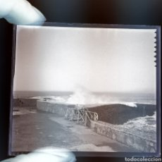 Fotografía antigua: 2 PLACAS GELATINO-BROMURO 1900 BIARRITZ. Lote 187093821