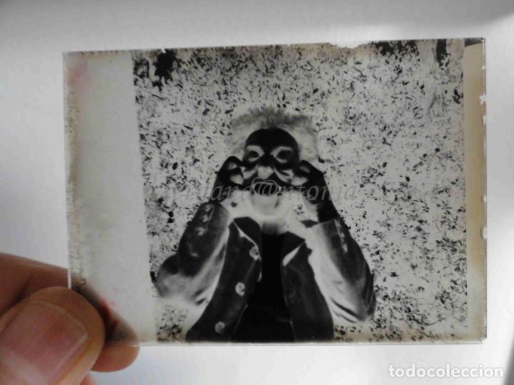 Fotografía antigua: Haciendo el Payaso. Cristal negativo 6,5x9 cm - Foto 2 - 187502488