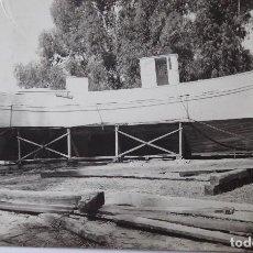 Photographie ancienne: F-4551. CONSTRUCCIÓN DE UN BARCO DE PESCA. AÑOS TREINTA. LOCALIZACIÓN DESCONOCIDA.. Lote 189370375
