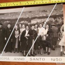 Fotografía antigua: FOTO FECHADA ROMA PANORÁMICA GRANDE ANNO SANTO 1950 EUROPE EUROPA ITALY TAMAÑO 24 CM X 18 CM.. Lote 190765492