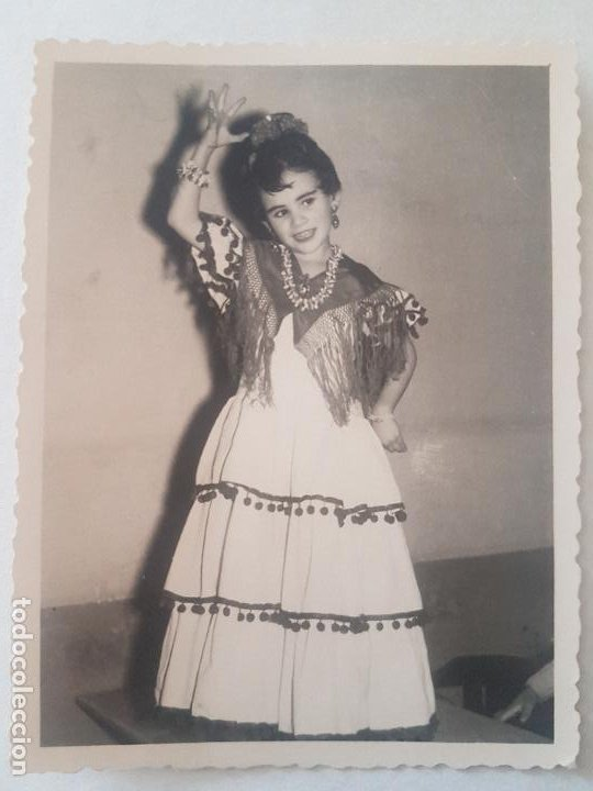 RETRATO NIÑA TRAJE GITANILLA AÑOS 50 FOTOGRAFIA (Fotografía Antigua - Gelatinobromuro)