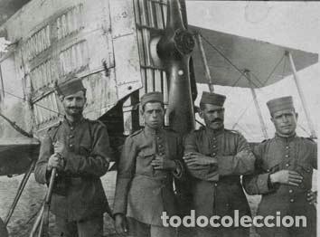 FOTOGRAFIA SOLDADOS EJERCITO DEL AIRE CON AVIÓN BIPLANO, TAMAÑO 8X11 CM (Fotografía Antigua - Gelatinobromuro)