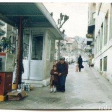 Fotografía antigua: SANTANDER, ANTIGUA GASOLINERA DE CAMPSA QUE ESTABA EN LA CALLE CASIMIRO SÁINZ GARAGE LORIENTE. Lote 194262527