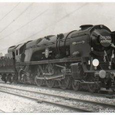 Fotografía antigua: FOTOGRAFÍA LOCOMOTORA GOLDEN ARROW. . Lote 194528236