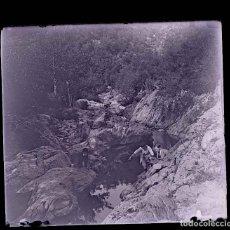 Fotografía antigua: RÍO. PAISAJE.PERSONAS. EXCURSIONISMO. C.1915. Lote 197091692