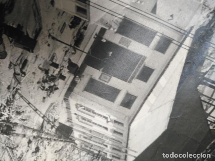 Fotografía antigua: ANTIGUA GIGANTEZCA FOTOGRAFIA ORIGINAL TAMAÑO POSTER ASTILLEROS ESPAÑOLES CADIZ BARCO - Foto 19 - 197413855