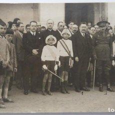Fotografía antigua: ALICANTE MAYO 1928 GOBERNADOR MILITAR RECIBE AL ALCALDE DE CARTAGENA Y COMITIVA. Lote 204123190