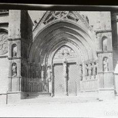 Fotografía antigua: MORELLA CASTELLON IGLESIA NEGATIVO AÑOS 20 9 X 15 CMTS. Lote 204795751