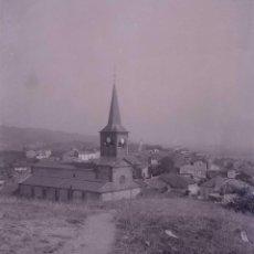 Fotografía antigua: PUEBLO. LUGAR SIN IDENTIFICAR. FRANCIA. C.1935. Lote 205334230