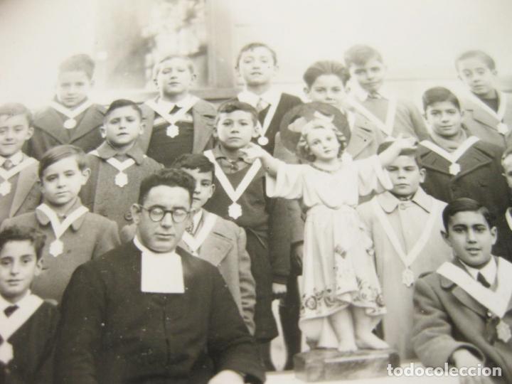 Fotografía antigua: FOTOGRAFÍA DE LOS ALUMNOS DE UN COLEGIO RELIGIOSO - Foto 2 - 205341152