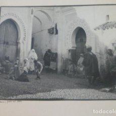 Fotografía antigua: TETUAN MARRUECOS 1934 FOTOGRAFIA POR VIAJERO ALEMAN 15 X 20 CMTS MONTADA SOBRE CARTON. Lote 205406790