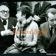 Fotografía antigua: BERNARD BUFFET - SHIRLEY MACLAINE - FOTOGRAFIA 1962. Lote 205562193