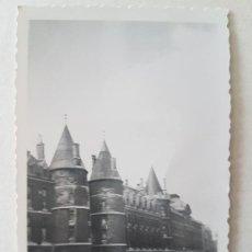 Fotografía antigua: PARIS FRANCIA LA CONCERGERIE AÑOS 60. Lote 205810240