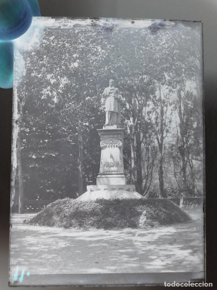 MONUMENTO A ARIBAU. CIUTADELA, BARCELONA. NEGATIVO EN CRISTAL 6,5X9. FINALES S. XIX, INÍCIO S. XX. (Fotografía Antigua - Gelatinobromuro)