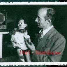 Fotografía antigua: VENTRÍLOCUO - 1945. Lote 210369243