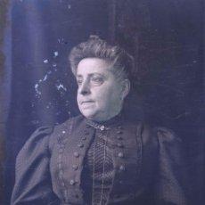 Fotografía antigua: DAMA. RETRATO DE SEÑORA. MODERNISMO. BARCELONA. C. 1905. Lote 210457190