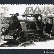Fotografía antigua: FERIA DE ATRACCIONES. TARRAGONA. F: VALLVÉ. SIMPÁTICA FOTO DE NIÑO-1. 1948. Lote 212012455