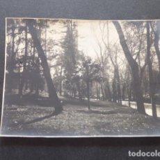 Fotografía antigua: MADRID EL RETIRO ANTIGUA FOTOGRAFIA 8 X 11 CMTS. Lote 216410417