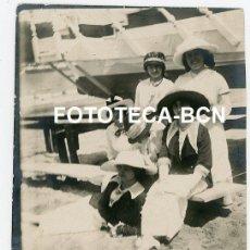 Fotografía antigua: FOTO ORIGINAL SAN SEBASTIAN DONOSTIA DIA EN LA PLAYA ALTA BURGUESIA AÑO 1913. Lote 218195523